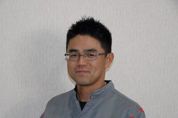 チーフメカニック:中村武央