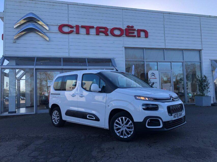 YMワークス東日本.横浜.サテライト店|特選輸入車Vol.172|2020 Citroën Berlingo 1.5 1.5 BlueHDi Feel uk(中古車)乗り出し:¥4,513,497