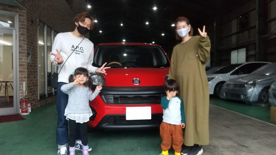 納車実績|大阪府のK様へフィアットクーボをご納車