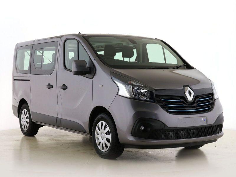 YMワークス東日本.横浜.サテライト店|特選輸入車Vol.184|2021 Renault Trafic SL27 ENERGY dCi 120 Sport Nav 9 Seater uk(新車)乗り出し:¥5,149,701