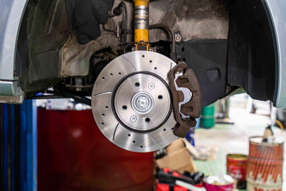 お知らせ|Renault(ルノー)ルーテシア/クリオ ブレーキローター交換を行いました。
